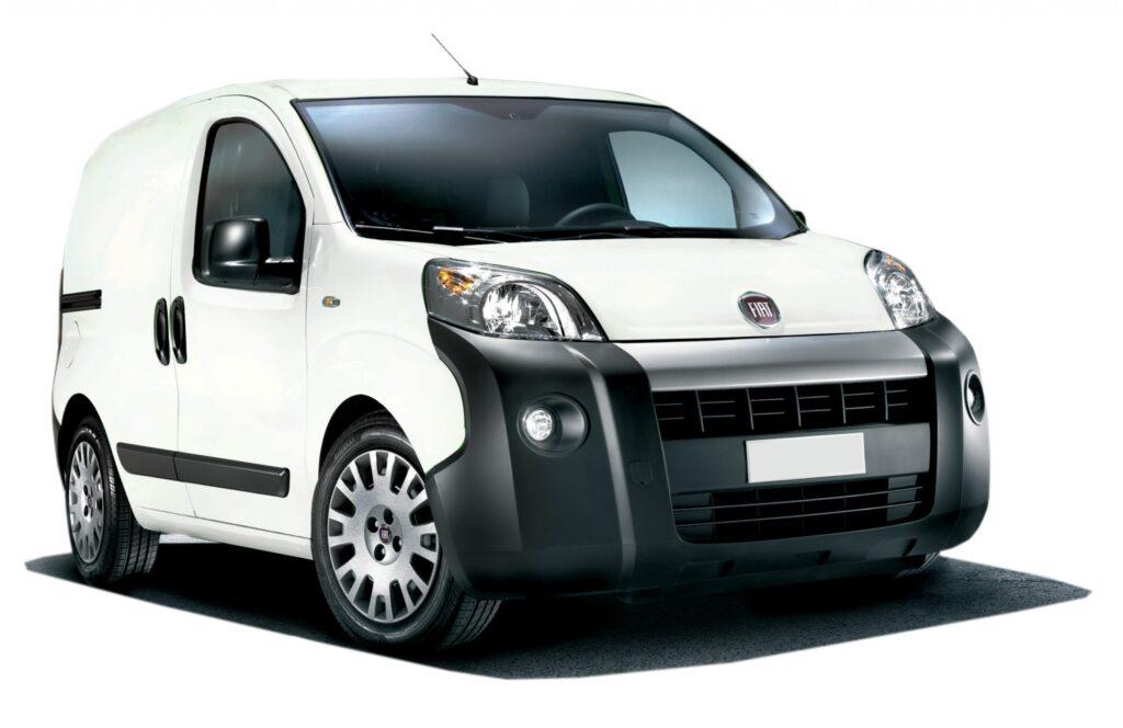 19. Fiat Fiorino manual o similar Desde US614 por mes 1024x664 - Renting de panel de carga