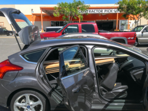 2 1 300x225 - Vehículos que puede contratar en Renting. El Hatchback