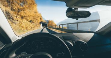1 370x193 - Consejos para una conducción segura