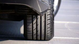 4 min 300x168 - Seguridad en carretera. Los neumáticos
