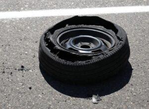 5 min 300x221 - Seguridad en carretera. Los neumáticos