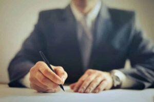 Se acabaron los contratos inflexibles y excesivos 300x200 - Beneficios anuales del Renting para su negocio